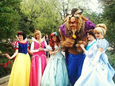 Park Hours Disneyland